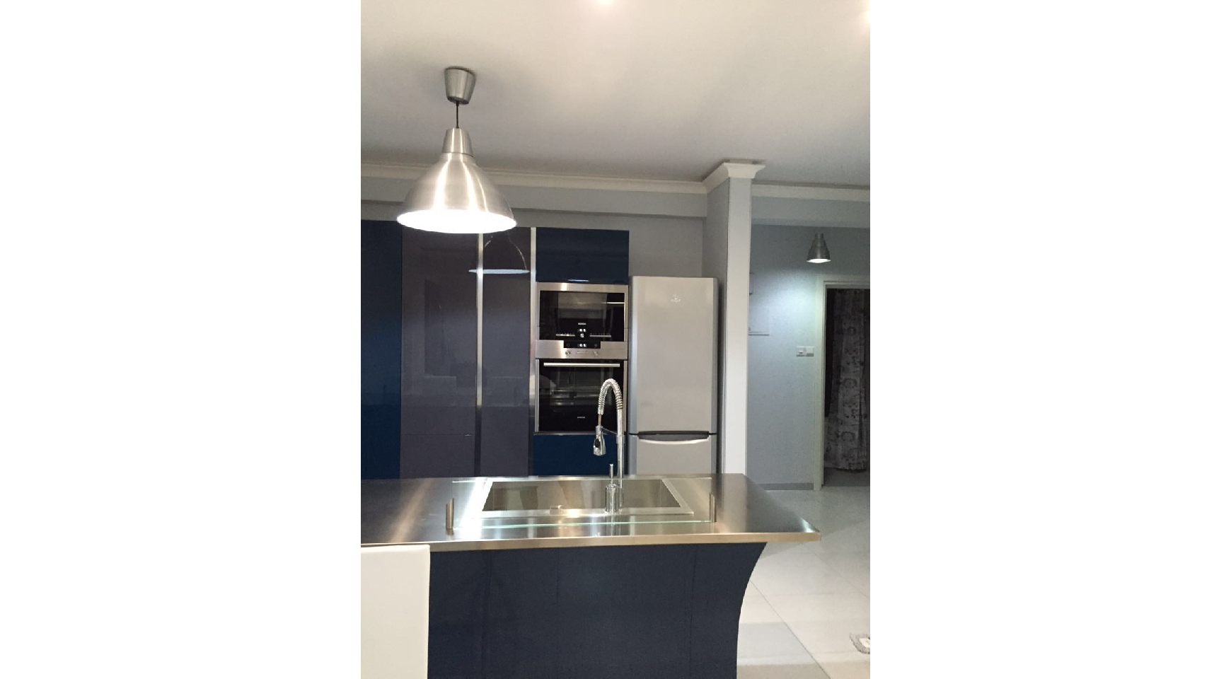Fully Renovated 3 Bedroom Penthouse near the Sea - 14