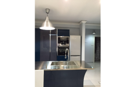 Fully Renovated 3 Bedroom Penthouse near the Sea - 46