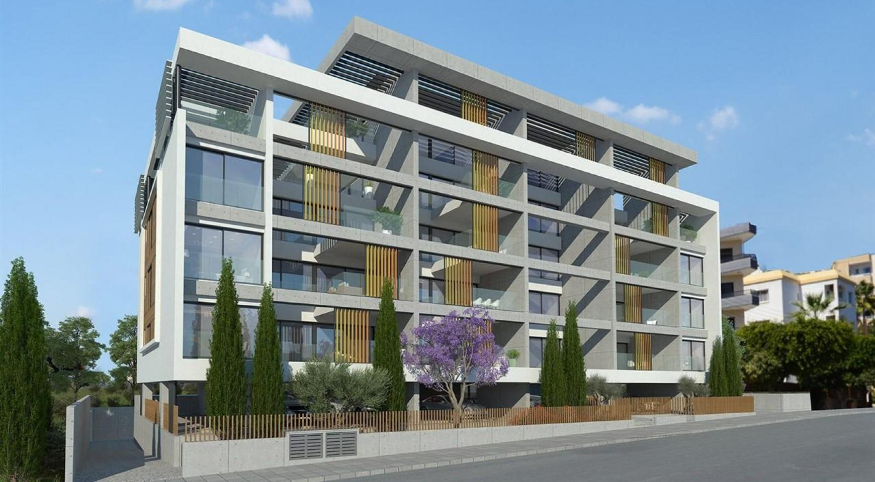 Modern 2 Bedroom Apartment in a New Complex near the Sea - 3
