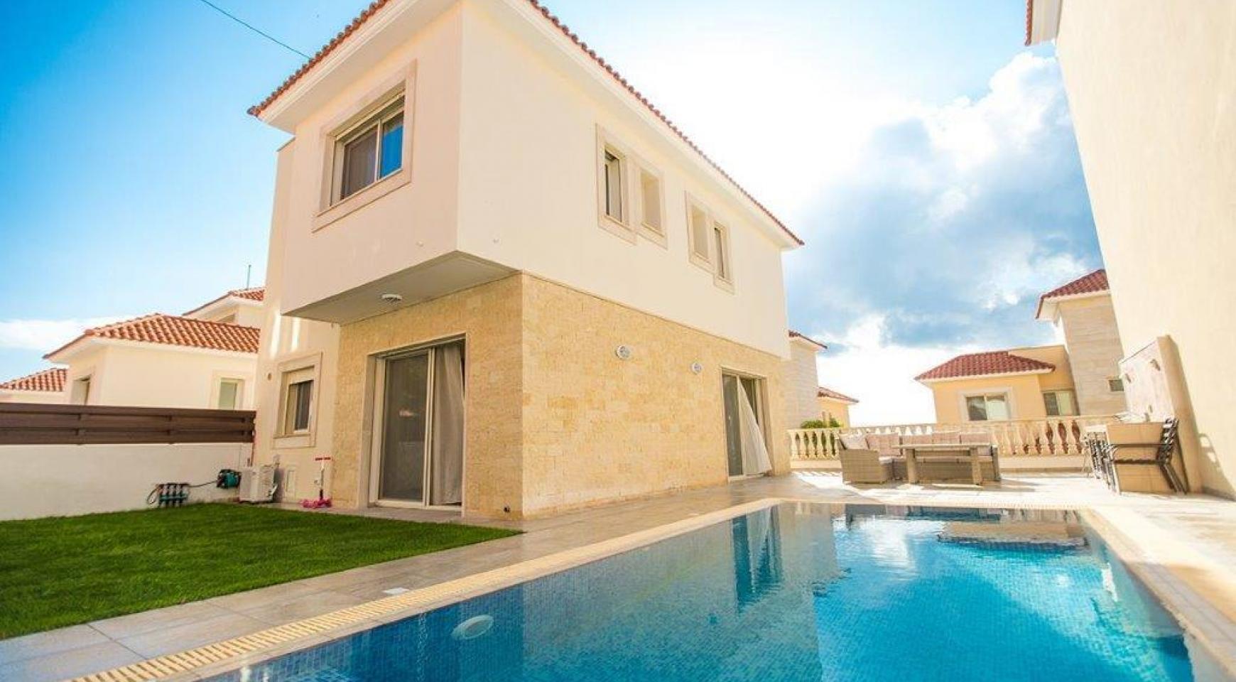 New Modern 3 Bedroom Villa in Mouttagiaka Area - 1