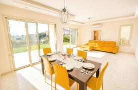 New Modern 3 Bedroom Villa in Mouttagiaka Area - 31