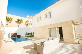 New Modern 3 Bedroom Villa in Mouttagiaka Area - 19