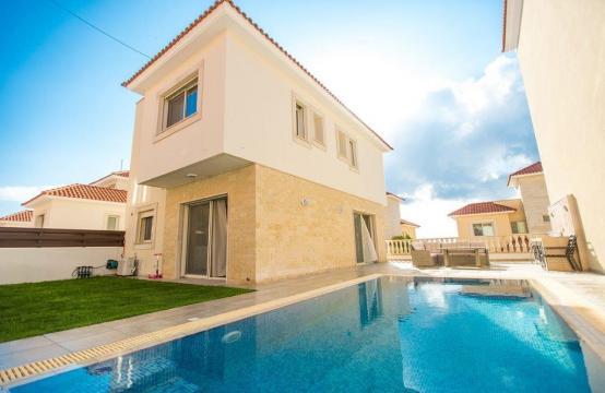 New Modern 3 Bedroom Villa in Mouttagiaka Area