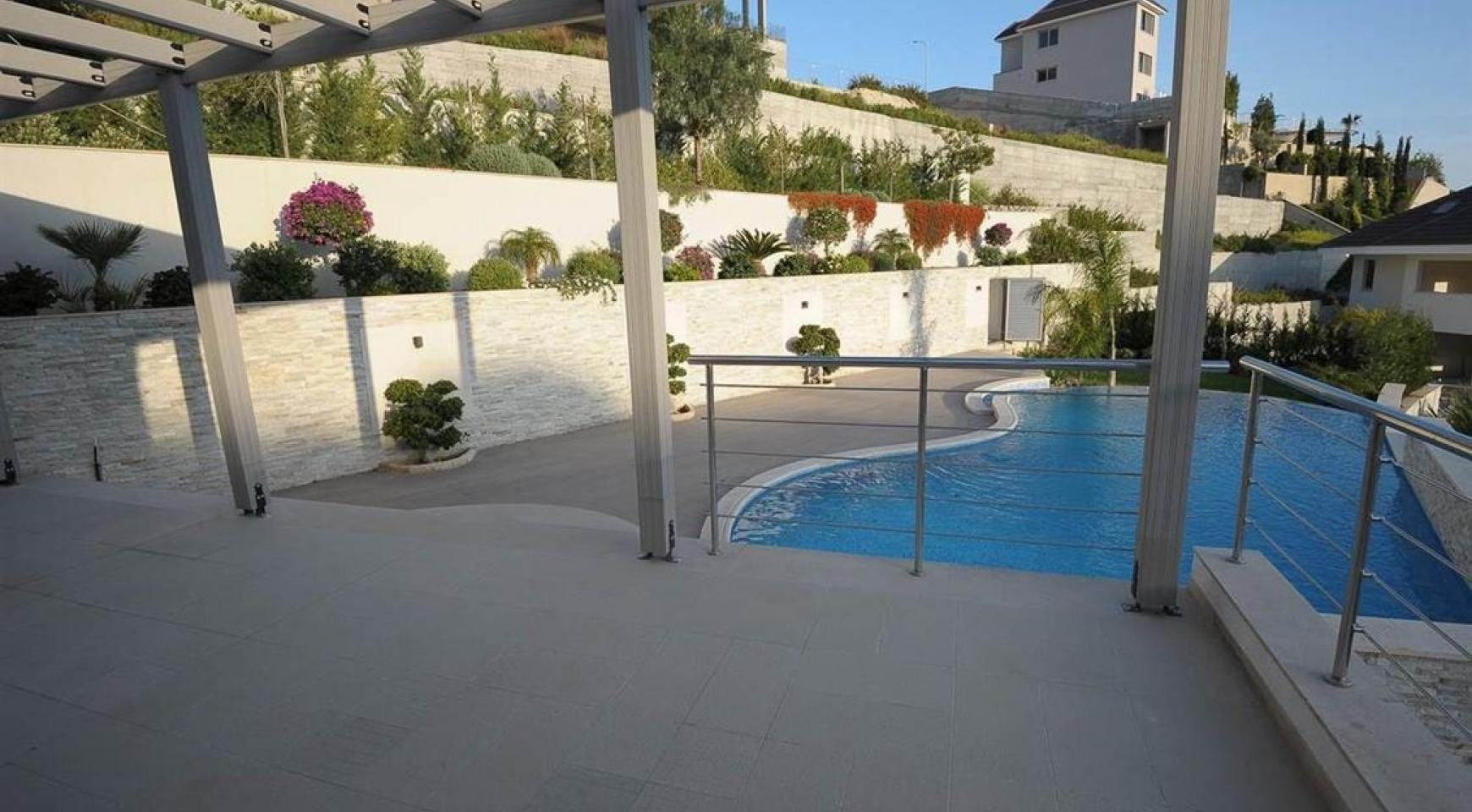 New Luxurious 5 Bedroom Villa with Stunning Views in Agios Tychonas - 3