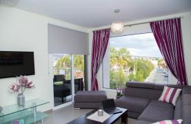Luxury 2 Bedroom Apartment in the Tourist Area - 26