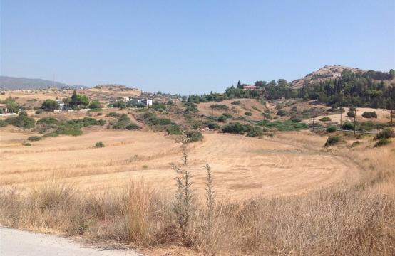 Large Building Plot in Parekklisia