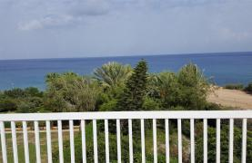 3 Villas with Sea Views in the Prime Seafront Location - 36