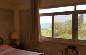3 Villas with Sea Views in the Prime Seafront Location - 47