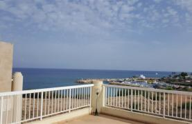 3 Villas with Sea Views in the Prime Seafront Location - 37