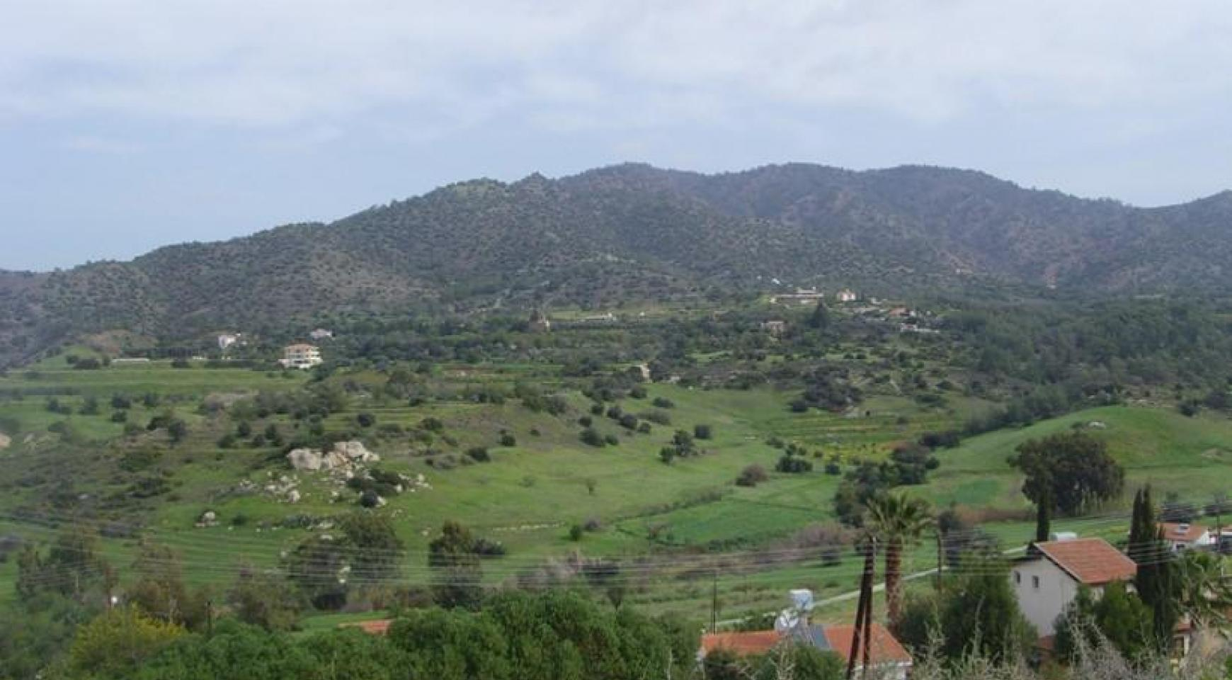 Large Building Plot with Magnificient Views in Finikaria - 2