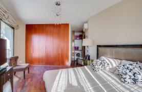 Luxurious 3 Bedroom Apartment on the Seafront - 21