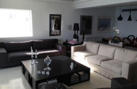 3 Bedroom Apartment on the Seafront - 11