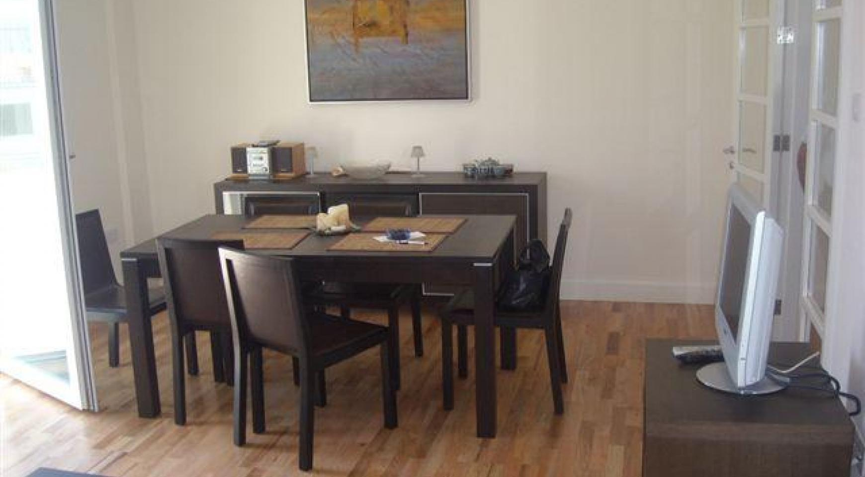 2 Bedroom Apartment in the Town Centre - 1