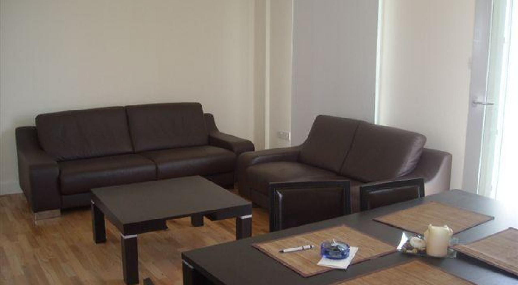 2 Bedroom Apartment in the Town Centre - 2