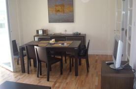 2 Bedroom Apartment in the Town Centre - 14