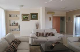 Luxury 3 bedroom Apartment in Mesa Geitonia - 23