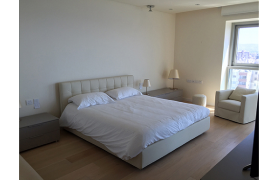 Spacious 3 Bedroom Apartment in an Exclusive Development near the Sea  - 21