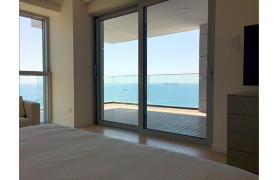 Spacious 3 Bedroom Apartment in an Exclusive Development near the Sea  - 22