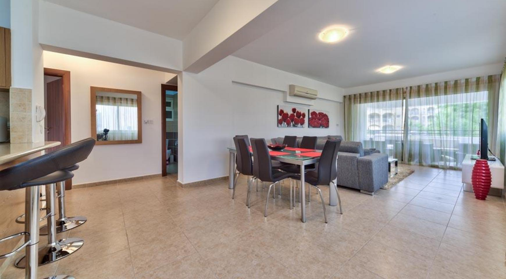3 Bedroom Apartment in the Centre of the Tourist Area - 3
