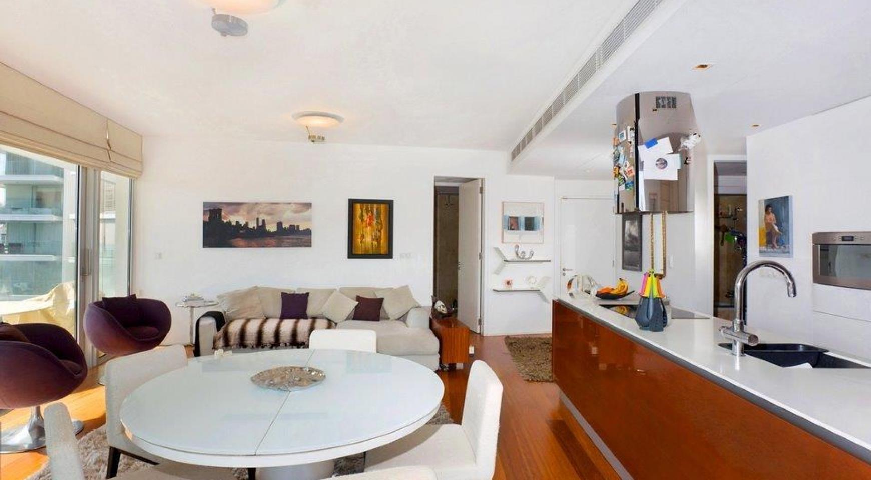 Luxury 3 bedroom apartment in a prestigious complex - 2