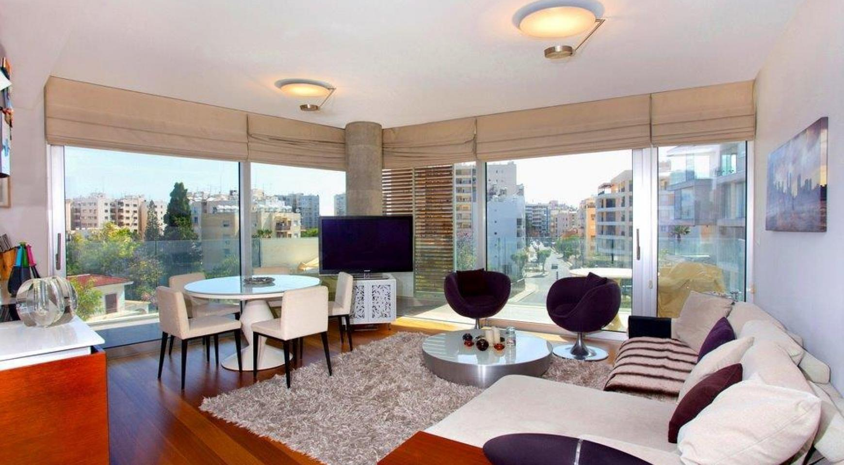 Luxury 3 bedroom apartment in a prestigious complex - 1