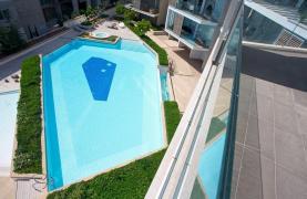 Luxury 3 bedroom apartment in a prestigious complex - 18