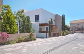 New Luxurious 4 Bedroom Villa in the Tourist Area - 19