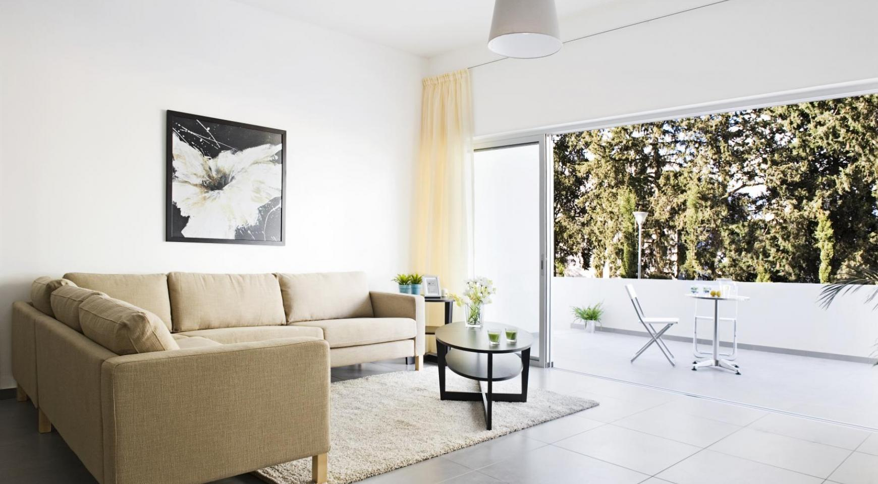 Contemporary 3 Bedroom Apartment in Aglantzia Area - 11