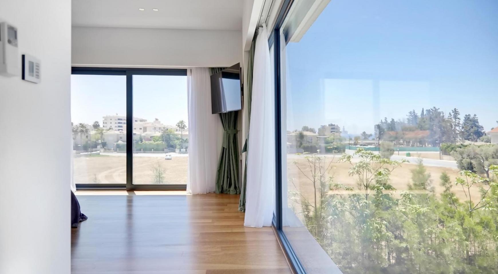 New Luxurious 4 Bedroom Villa in the Tourist Area - 31