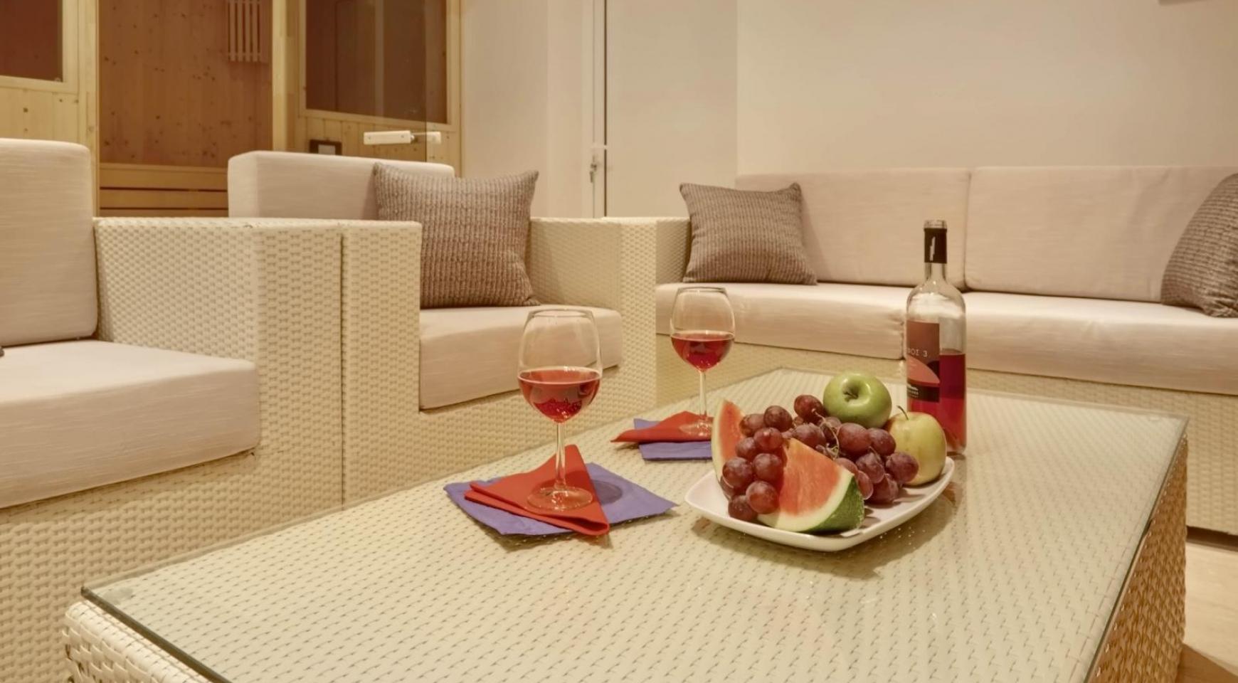New Luxurious 4 Bedroom Villa in the Tourist Area - 40