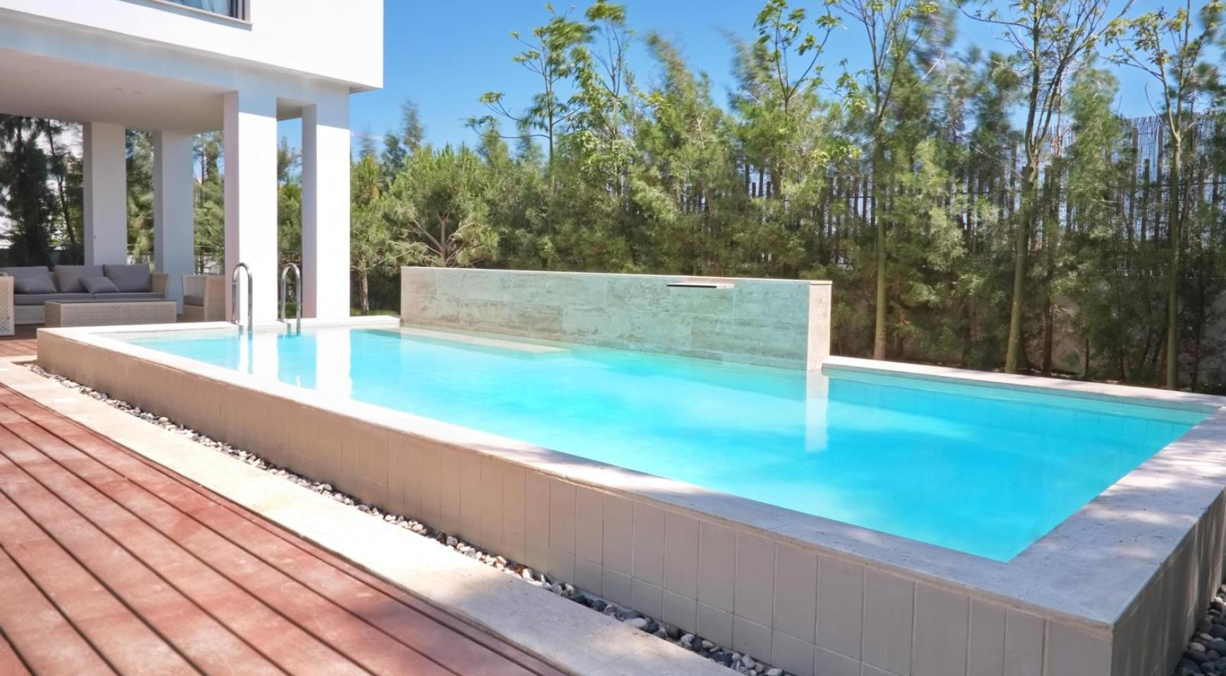 New Luxurious 4 Bedroom Villa in the Tourist Area - 5