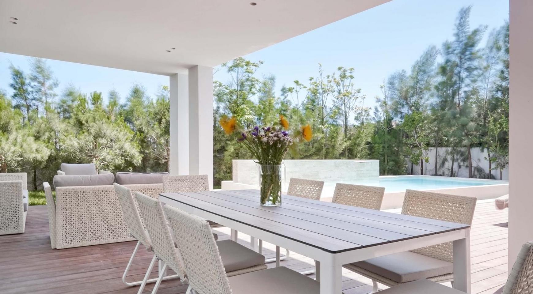 New Luxurious 4 Bedroom Villa in the Tourist Area - 8