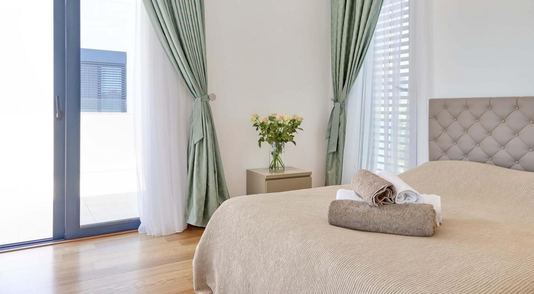 New Luxurious 4 Bedroom Villa in the Tourist Area - 38