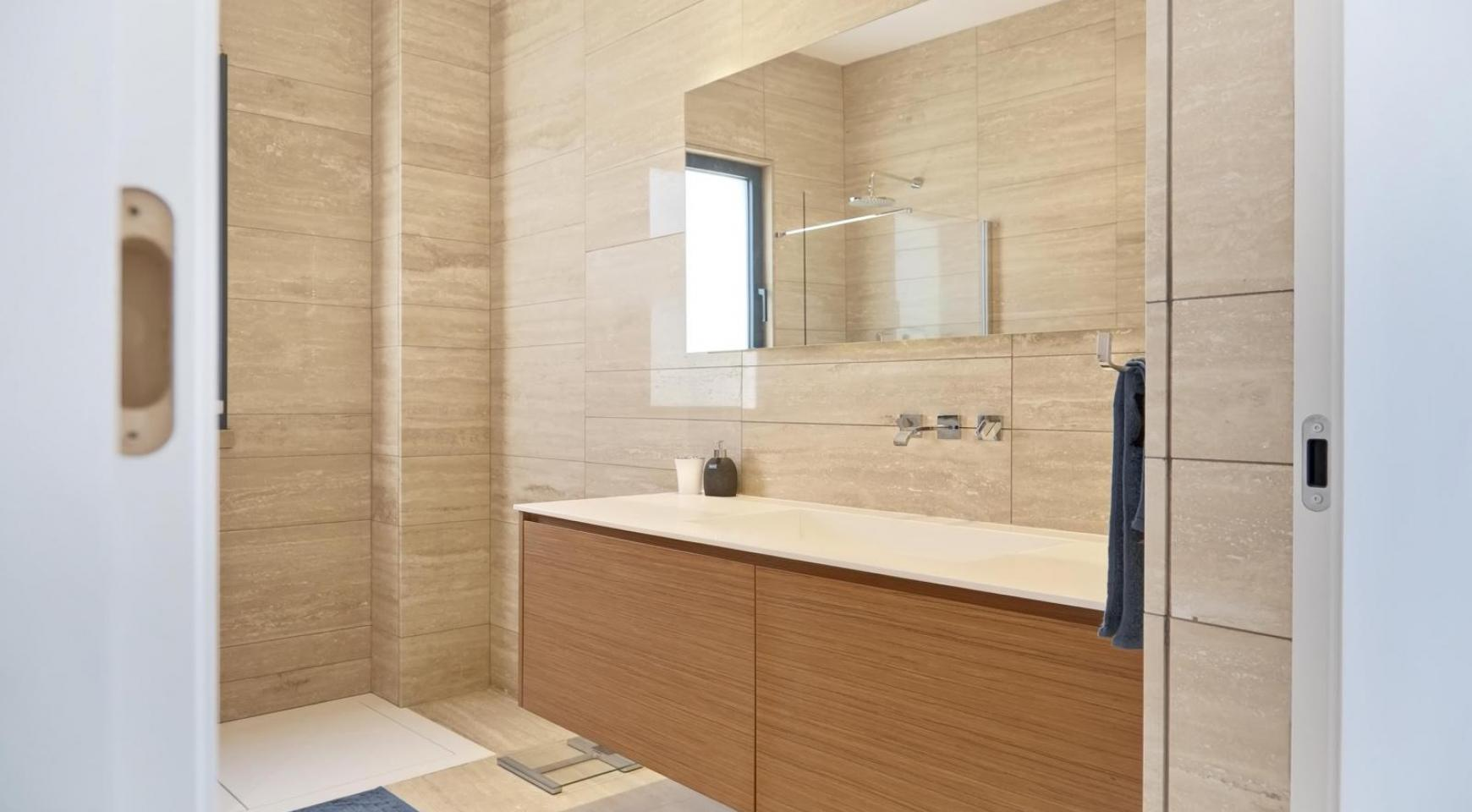 New Luxurious 4 Bedroom Villa in the Tourist Area - 44