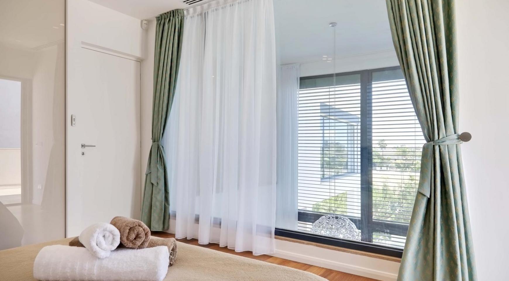 New Luxurious 4 Bedroom Villa in the Tourist Area - 37
