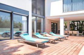 New Luxurious 4 Bedroom Villa in the Tourist Area - 50