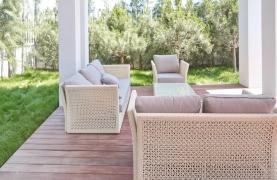 New Luxurious 4 Bedroom Villa in the Tourist Area - 54