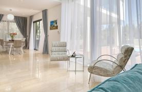 New Luxurious 4 Bedroom Villa in the Tourist Area - 67