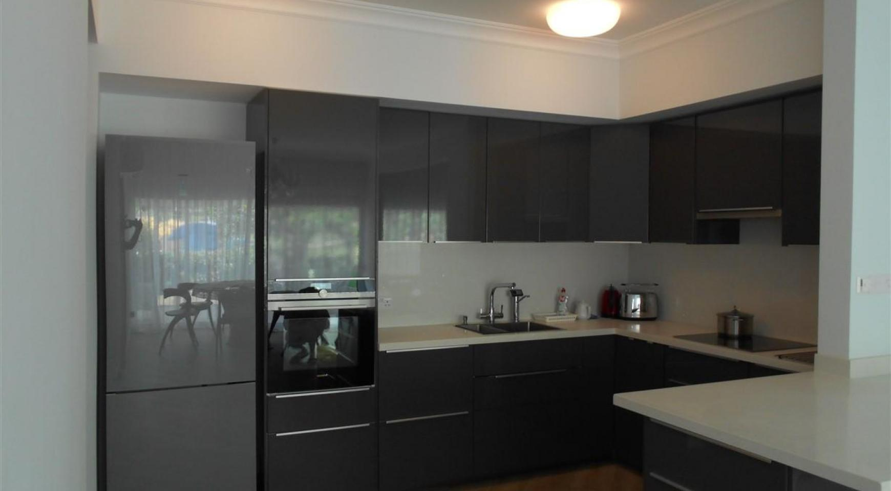 Luxury 3 Bedoom Apartment in Potamos Germasogeia Area - 12