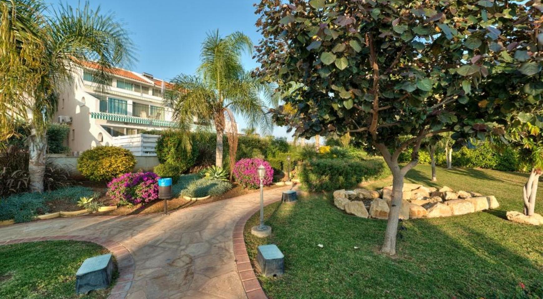 Luxury 3 Bedoom Apartment in Potamos Germasogeia Area - 4