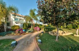 Luxury 3 Bedoom Apartment in Potamos Germasogeia Area - 25