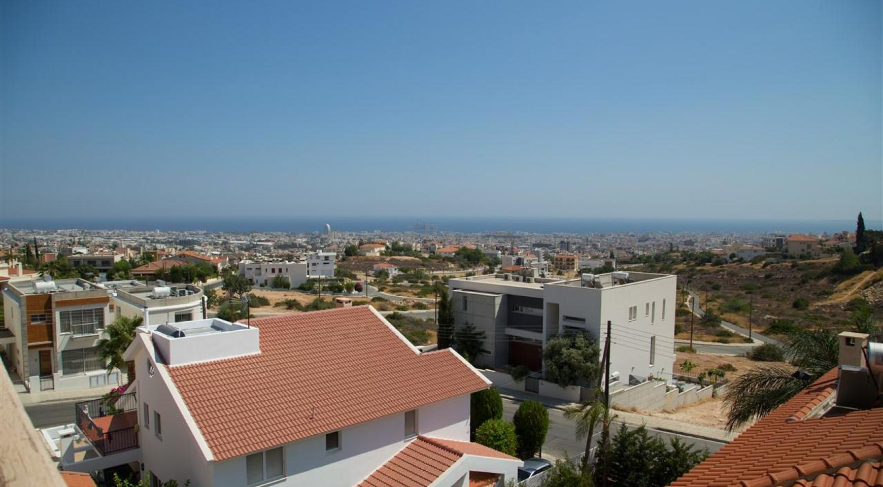 One Bedroom Apartment with Amazing Sea and Mountain Views - 7