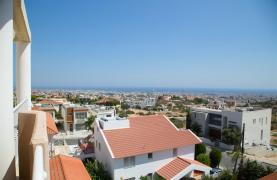One Bedroom Apartment with Amazing Sea and Mountain Views - 33