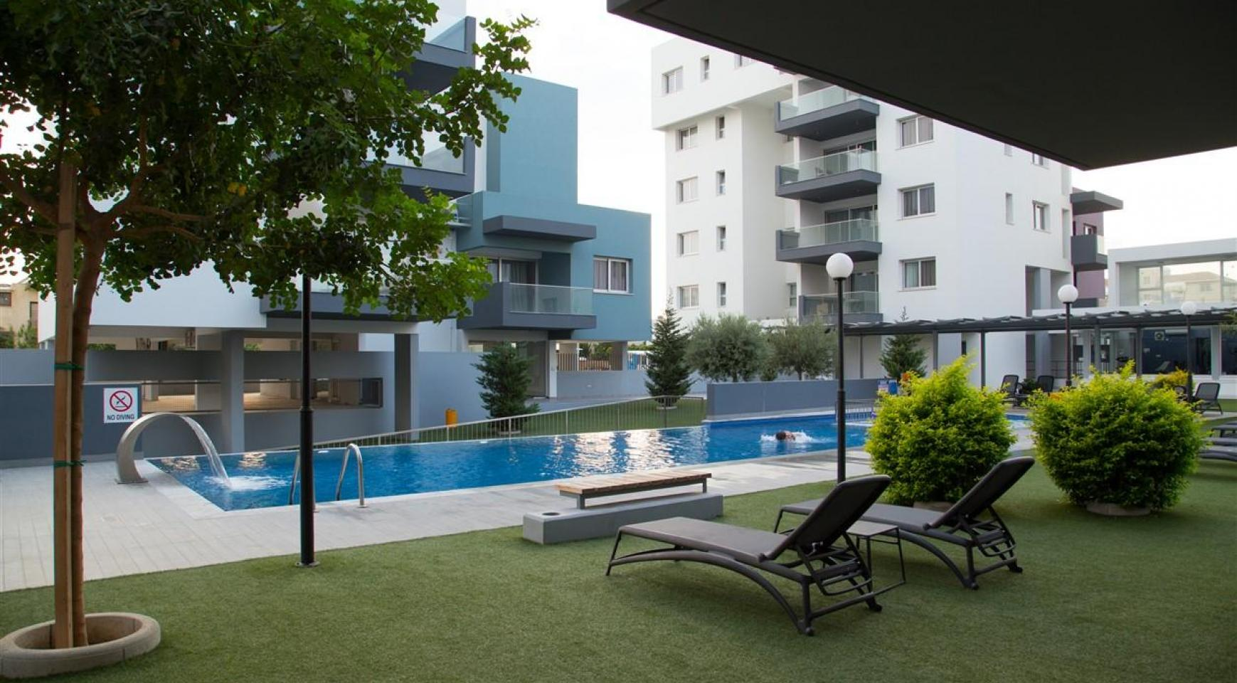 Luxury One Bedroom Apartment in a New Complex - 2