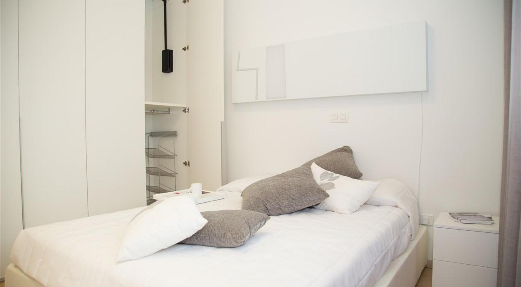 Luxury One Bedroom Apartment in a New Complex - 22