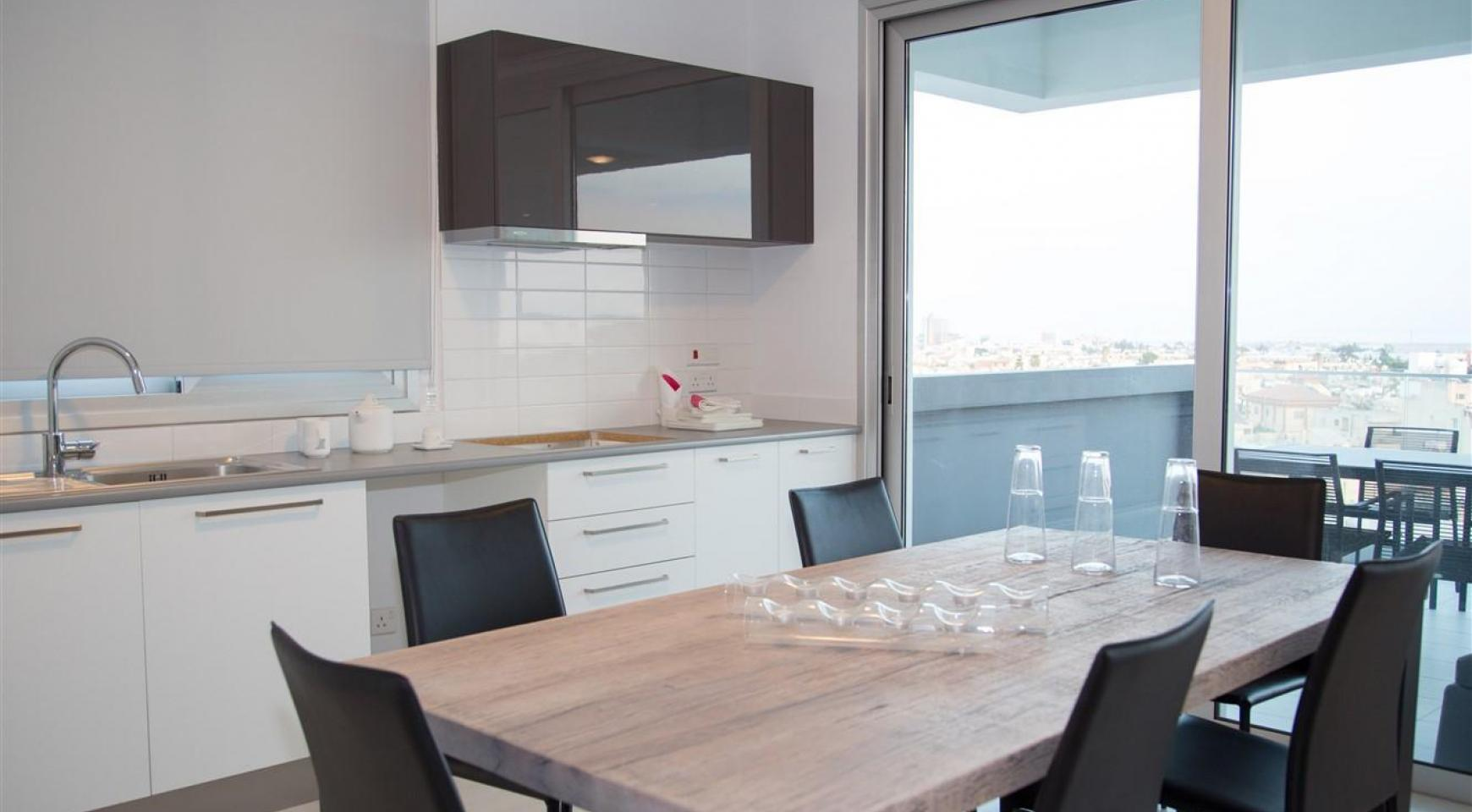 Spacious Luxury 3 Bedroom Apartment in a New Complex - 21