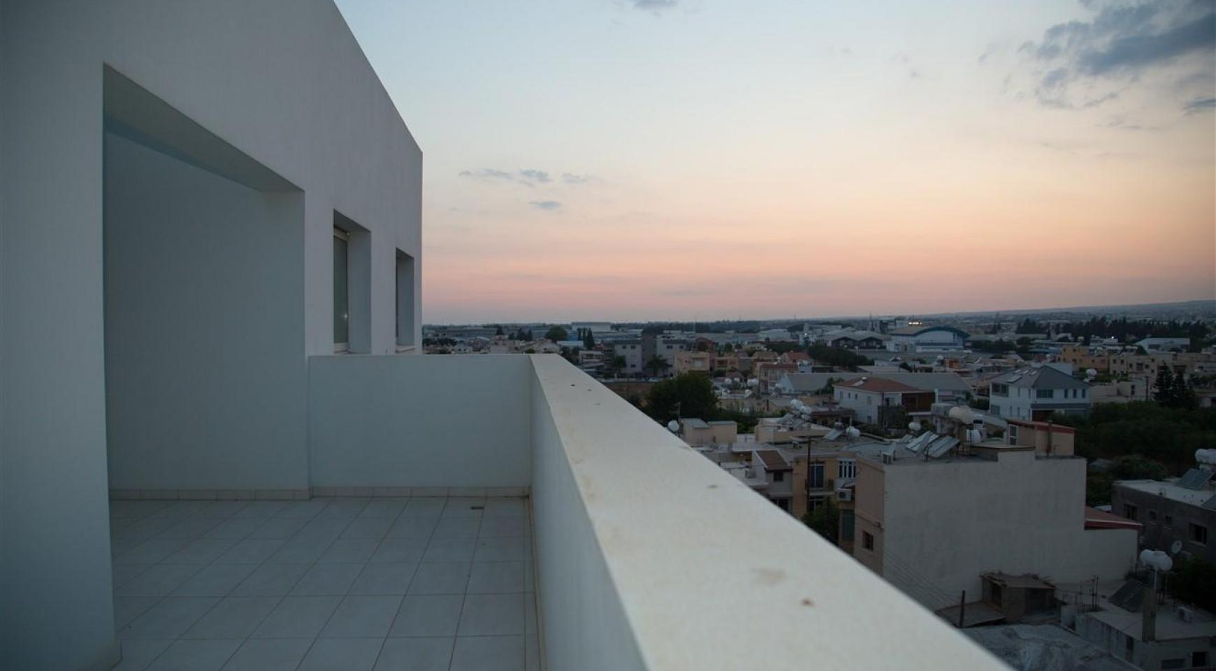 Elite 3 Bedroom Penthouse with private Swimming Pool on the Roof - 31