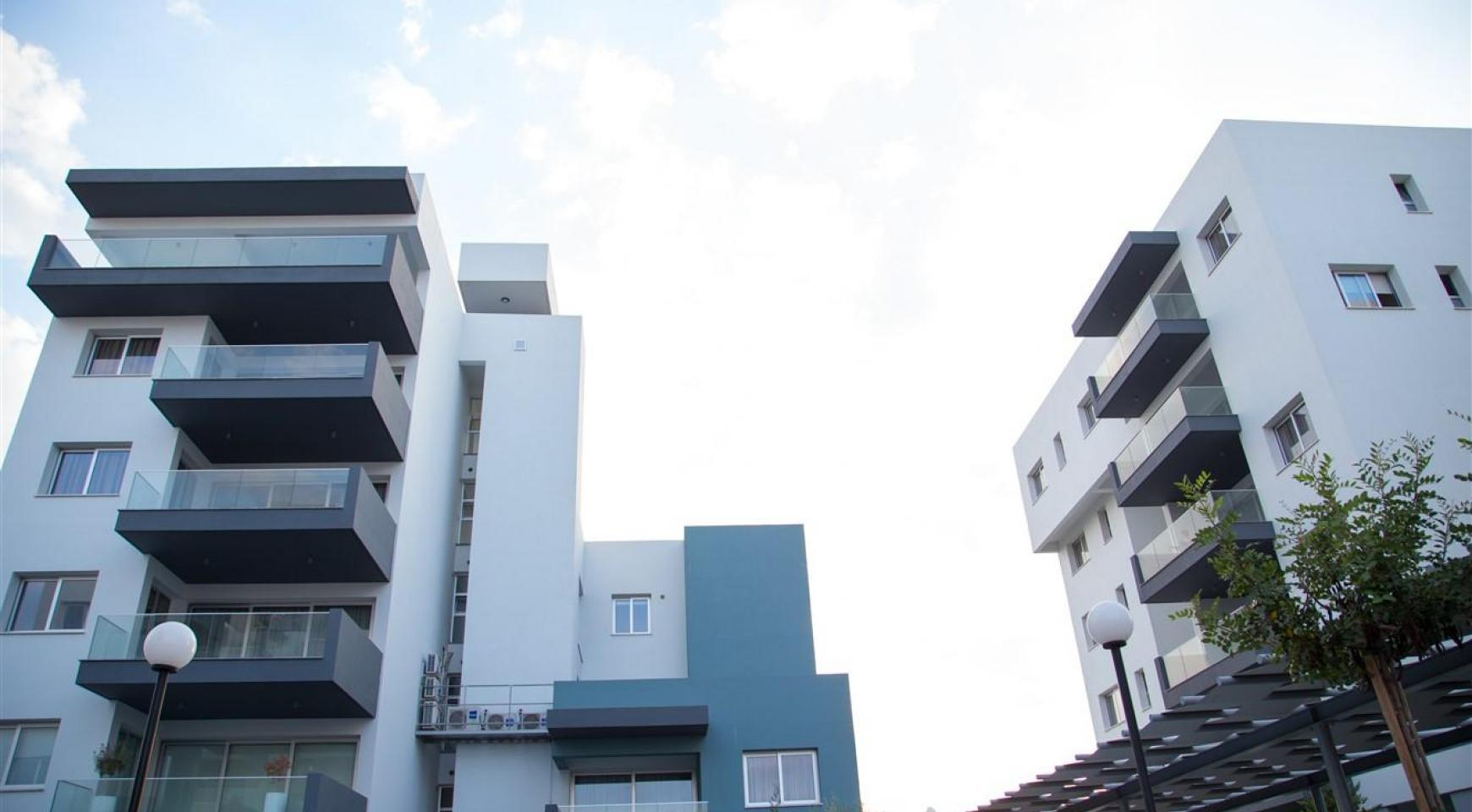 Elite 3 Bedroom Penthouse with private Swimming Pool on the Roof - 10