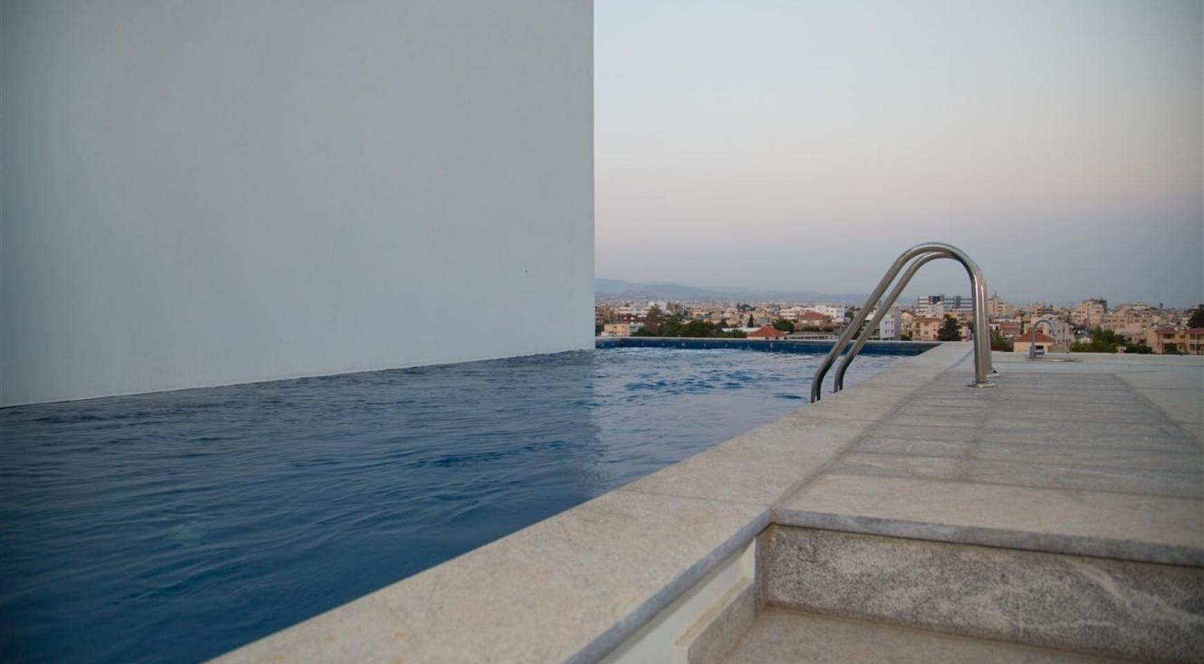 Elite 3 Bedroom Penthouse with private Swimming Pool on the Roof - 28
