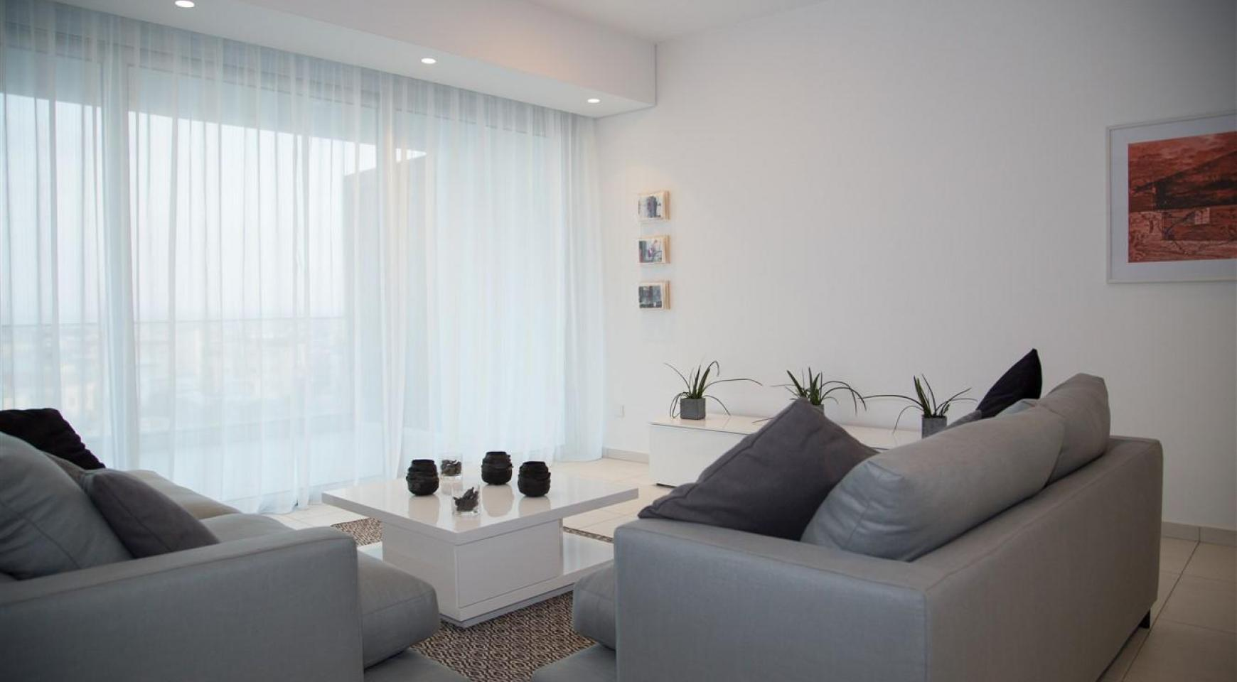 Spacious Luxury 3 Bedroom Apartment in a New Complex - 18